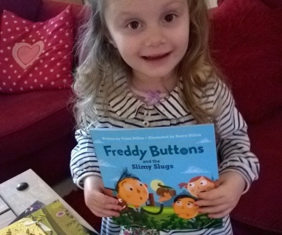 freddy-buttons-fan-miss-abbie